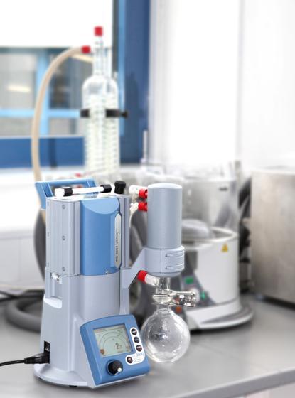 Pumpenleistung und Vakuumregelung: Chemiepumpstand für Endvakuum von 2 mbar