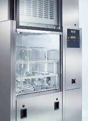 Arbeitsschutz: Sicher und effizient:  Miele-Reinigungsautomat für große Laboratorien