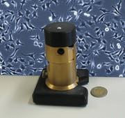 Für Zeitrafferaufnahmen von Zellen: Kompaktes, stark miniaturisiertes Inkubator-Mikroskop