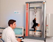 Material- und Werkstoffprüfung: LGA prüft Spielzeug mit Zwick-Prüfmaschinen