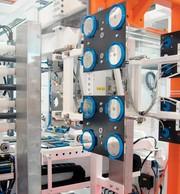 Automatisierung Petrischalen: Petrischalen  preiswerter produzieren