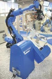 Scara-Roboter: Identische Programmieroberfläche