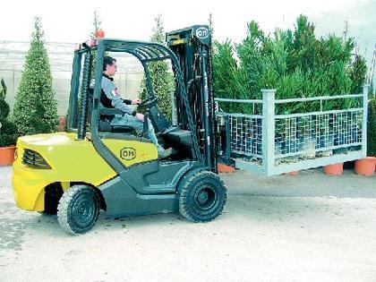 Dieselstapler XD15-30: Nicht nur fürs  Blumenlager