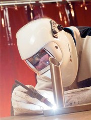 Schutzmasken: Ein bisschen  wie ein Terminator