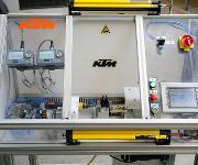 Automatische Schraubstation mit zwei Microtorque-Schraubern von Atlas Copco Tools