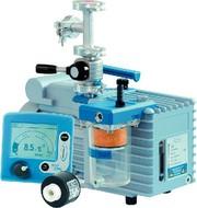 Vakuumpumpen-Paket: Leistungsstarke Vakuumpumpe  mit chemieresistentem Messgerät