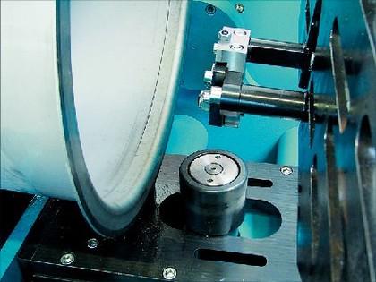 Flanschmaschine: Für das Bördeln