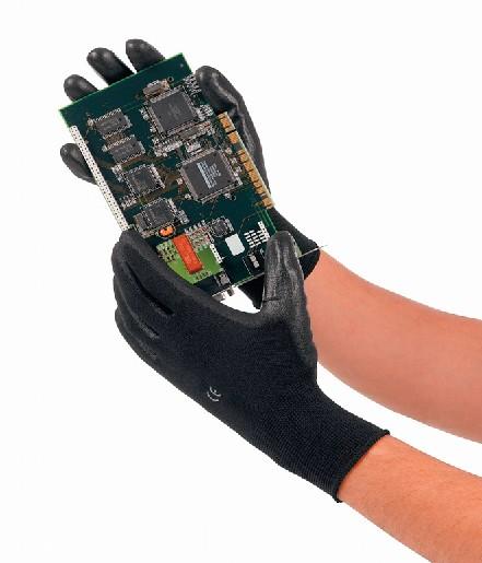 Schutzhandschuhe: Handliche Sicherheit
