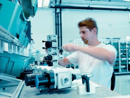 Hochverfügbarkeitslösung, Supply Chain Management: Wie geklont