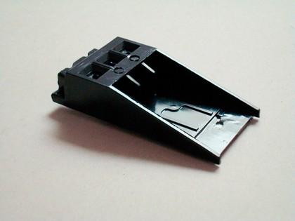 BMC-Bauteile: Grat- und staubfreie  Drosselklappengehäuse aus BMC