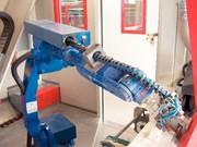 Energieführung Robotrax mit Pull-Back-Unit: Nah am Arm
