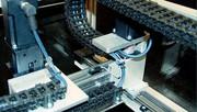 Linearaktuator mit Motor: Schmierfrei und einbaufertig