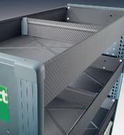 Fahrzeugeinrichtung CfK: Schrankwand aus CfK