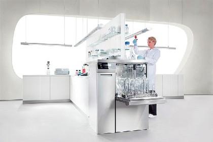 Laborgeräte: Laborglas-Aufbereitung