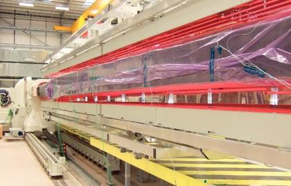 System bei GKN: Infrarotstrahler in der Composit-Fertigung