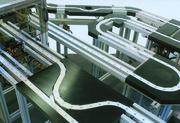 Modulares Kettentransfersystem: Montieren mit Übersicht