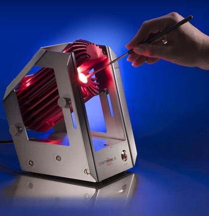 Instrumente sterilisieren: Schnell mit Licht