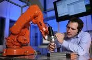 Mensch-Roboter-Kollaboration: Sichere Robotersteuerung
