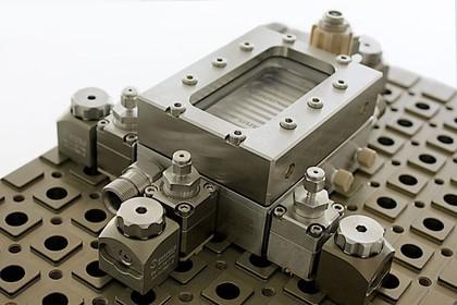 Mikroreaktor FlowPlate Lab: Screening von Synthesewirkstoffen