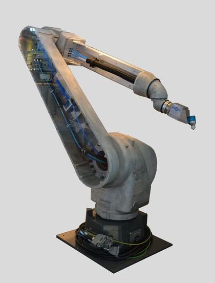 Lackierroboter: Auch für große Werkstücke