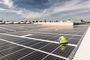 Intersolar 2013: Photovoltaik-Anlage auf Berliner Großmarkthallen
