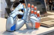 Antriebe für humanoide Roboter-Hand: Annäherung an die Natur