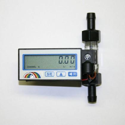 Digitaler Durchflussmesser: Für die Labor- und Prozesstechnik
