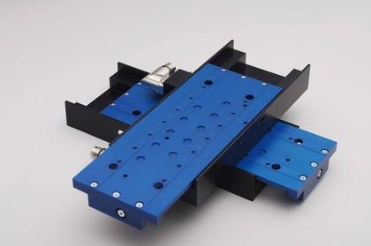 Kombinierbare Linearmotor-Positioniertische: Sehr flach, sehr dynamisch
