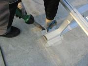 Befestigungssystem für PA-Anlagen: Durchdringungsfrei installiert