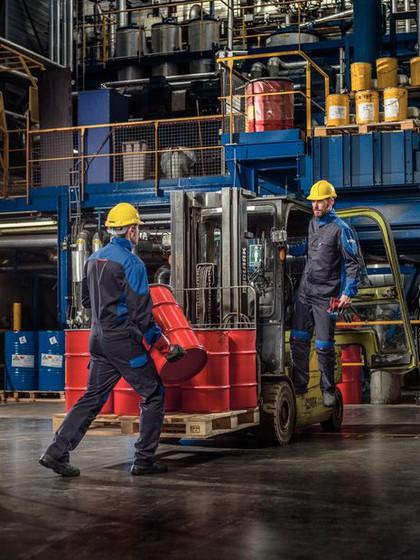 Arbeitsschutzkeidung: Körpernahe Sofortwirkung
