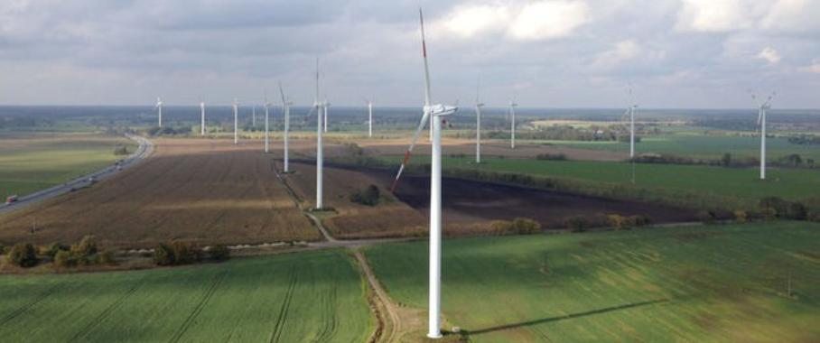 Seebawind hat die Wartung des größten zusammenhängenden Fuhrländer-Windparks in Deutschland übernommen.