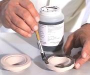 Keramik-Kleber