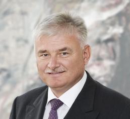 Dr. Hartmuth Müller