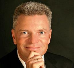 Prof. Dr.-Ing. Claus Emmelmann
