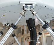 Electric Motion Systems von E2M mit Strukturdämpfern von ACE