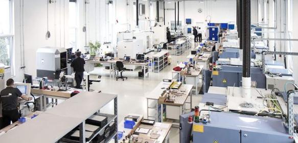 Moderne Schleifmaschinen und führende Messtechnik