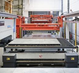Der Laser Flex 4.0 ist eine schnelle Lösung zur vollautomatischen Ver- und Entsorgung von Laseranlagen.
