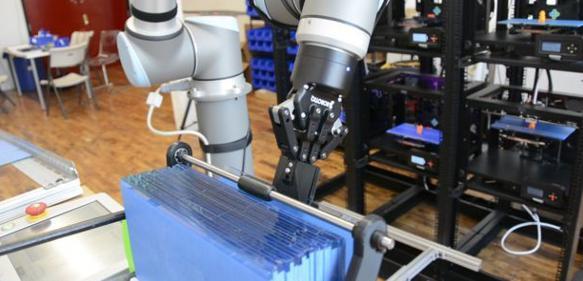 roboter erntehelfer auf der 3d drucker farm handling online. Black Bedroom Furniture Sets. Home Design Ideas