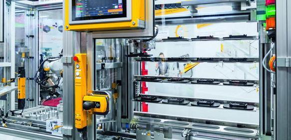 Automatisierungslöungen für die Schutztürzuhaltung