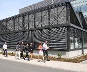 Gehört jetzt zum Clariant Innovation Center (CIC) in Frankfurt am Main: das neue Crop Solutions Gewächshaus. (Foto: Clariant)