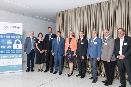 Gruppenfoto bei Fraunhofer SIT