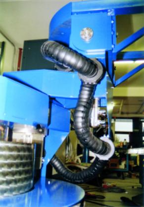 Energieführungsketten: Robotertechnik