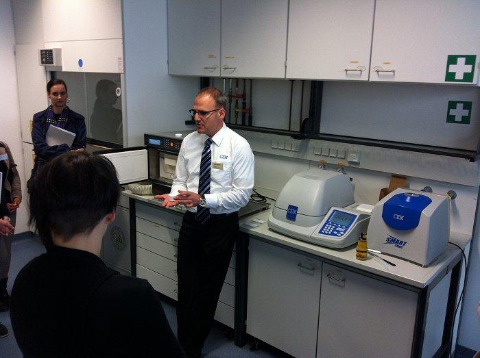 Seminare für moderne Labormethoden: Lebensmittel- und Umweltanalytik sowie Prozesskontrolle