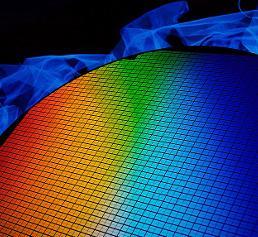 Organische Halbleiter: Transistoren aus Indigo?