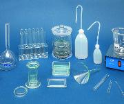 Labormaterial und –geräte
