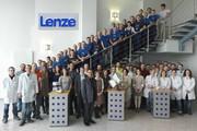 Logistikdrehscheibe feiert Geburtstag: Zehn Jahre Lenze-Logistikzentrum in Ruitz
