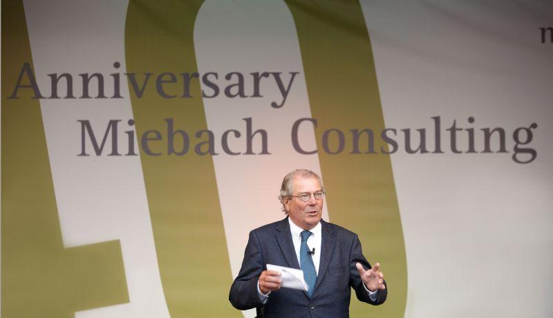 News: Miebach wird 40