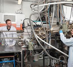 Molekularstrahlepitaxie-Anlage