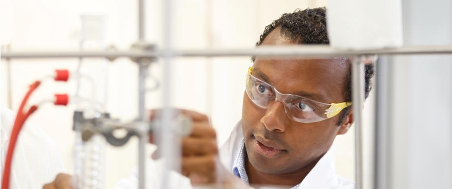 Dem Team um Nuno Maulide von der Universität Wien ist es gelungen, eine wesentlich einfachere Reaktion zur Herstellung von Pyridinen zu finden (Copyright: Universität Wien).