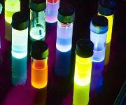 Farbstoffe als Grundlage für organische Leuchtdioden